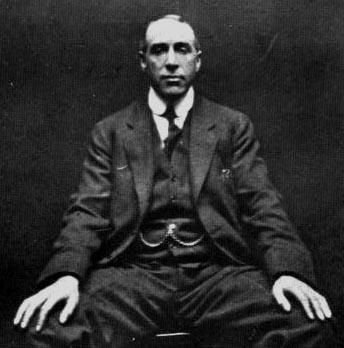 Χάρρι Πράις (17/01/1881 – 29/03/1948)