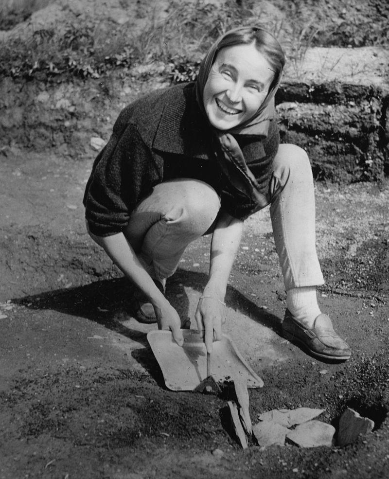 Anne Stine Ingstad (11/02/1918 - 06/11/1997)