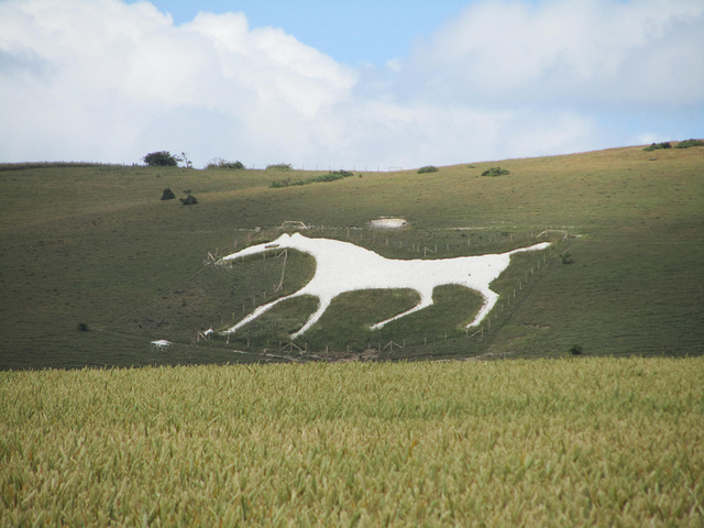 Χαρακτηριστική ασβεστολιθική ανάγλυφη αναπαράσταση αλόγου στο Wiltshire, της Αγγλίας