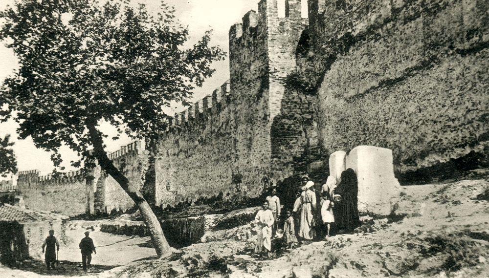 Τα Ανατολικά Τείχη, 19ος αιώνας