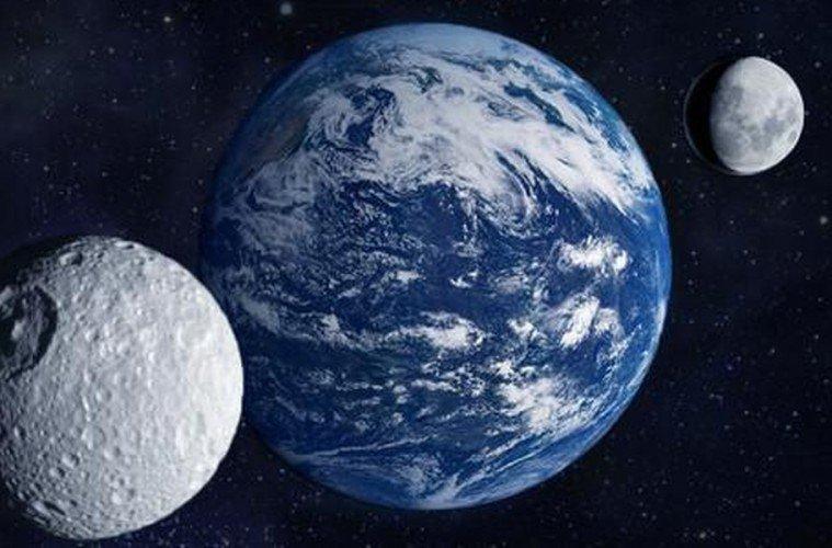 Όταν η Δεύτερη Σελήνη έπεσε στη Γη…