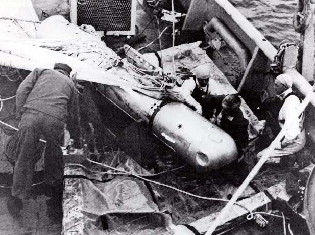 Η ανέλκυση της τέταρτης βόμβας