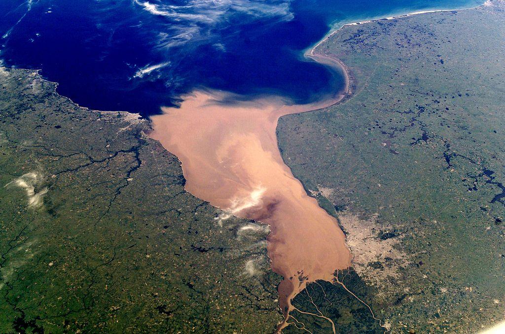 Δορυφορική φωτογραφία του ποταμού Ρίο ντε λα Πλάτα