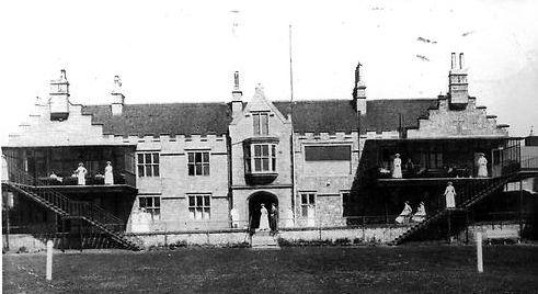 Το νοσοκομείο του Χάρτλπουλ, 1910