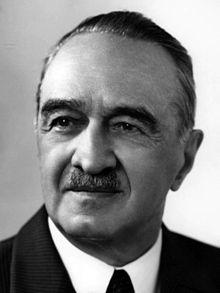 Αναστάς Μικογιάν (13/11/1895 - 21/10/1978)