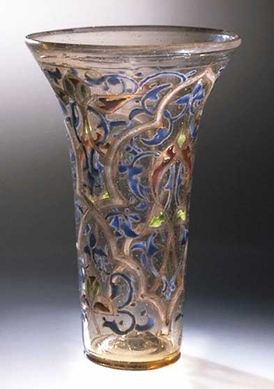 """The Luck of Edenhall"": Το θαυμάσιο γυάλινο ποτήρι με διακόσμηση από σμάλτο, το οποίο έφερε στην Αγγλία κάποιος Σταυροφόρος, τον 13ο αιώνα"