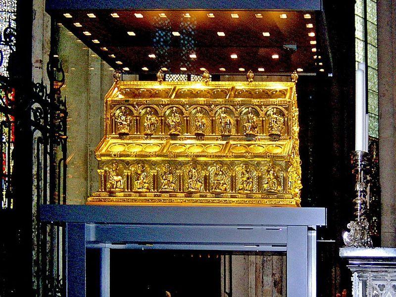 Η λειψανοθήκη των Τριών Μάγων στον Καθεδρικό Ναό της Κολωνίας