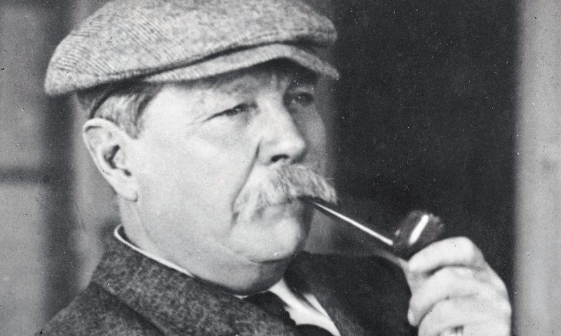 Σερ Άρθουρ Κόναν Ντόιλ (22/05/1859 - 07/07/1930)