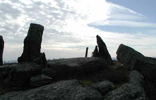 Κοντινή άποψη του μνημείου