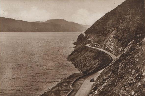 Ο δρόμος κατά μήκος της λίμνης του Λοχ Νες