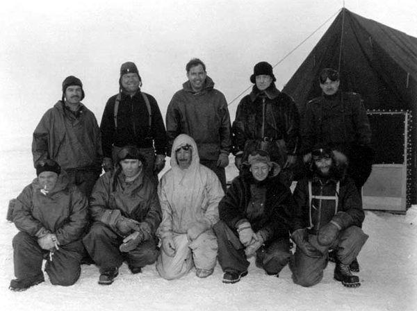 Τα μέλη της αποστολής του Ναυάρχου Μπερντ, το 1947