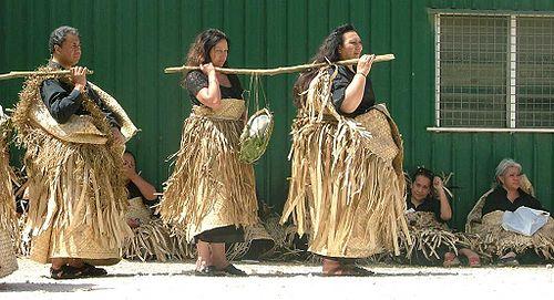Νεκρική τελετή στα Νησιά Τόνγκα της Πολυνησίας