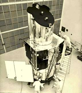 "OAO-3 (Orbiting Astronomical Observatory). Εκτοξεύτηκε στις 21/08/1972. Μετά την επιτυχή εκτόξευσή του, μετονομάστηκε σε ""Κοπέρνικο"", με αφορμή τη συμπλήρωση 500 ετών από τη γέννηση του μεγάλου αστρονόμου."