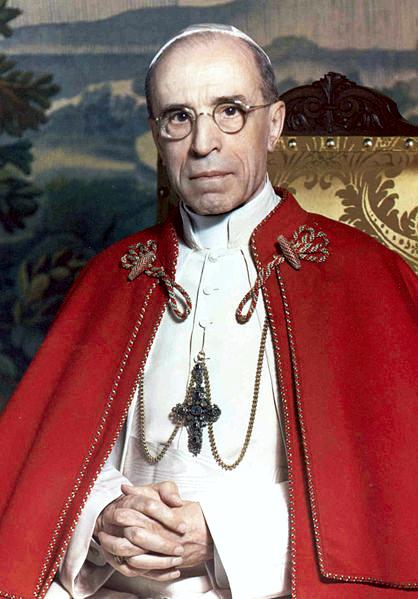 Πάπας Πίος ΙΒ'
