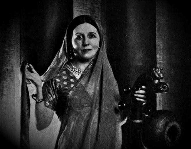 Maud MacCarthy (Swami Omananda Puri)