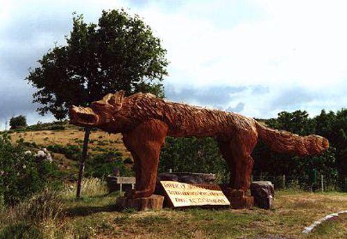 Το μνημείο στο Saugues του Gevaudan