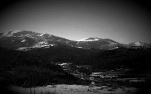 A.T.I.A. πάνω από χωριό των Γρεβενών, το 1980...