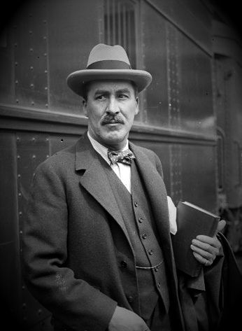 Howard Carter (09/05/1874 - 02/03/1939)