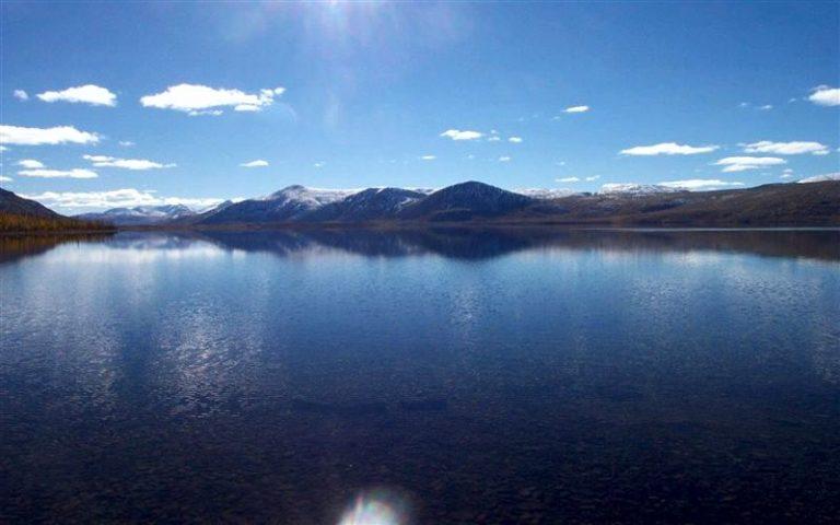 Το πλάσμα της λίμνης Labynkyr, στη Σιβηρία...