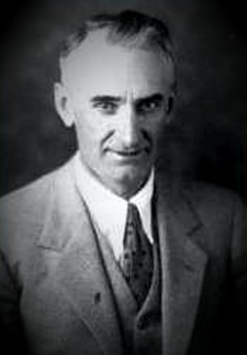 Earl Charles Slipher (25/03/1883 - 07/08/1964)