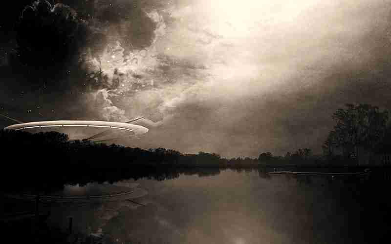 Μυστικά υπερόπλα ή ιπτάμενοι δίσκοι;