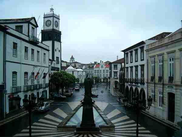 Η πρωτεύουσα του νησιού Σάο Μιγκέλ, Πόντα Ντελγάδα