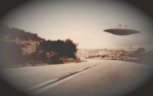 Πλήθος μυστηριωδών ιπτάμενων αντικειμένων πάνω από τη Γαλλία και την Ιταλία, το 1954…