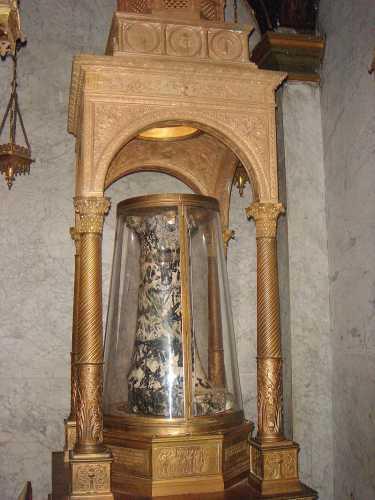 Ο Στύλος της Μαστιγώσεως, εκκλησία Αγίου Πρασσέντε, Ρώμη