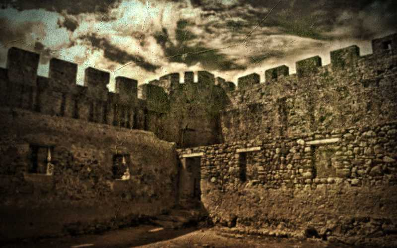 Η στρατιά των βρυκολάκων του στοιχειωμένου Φραγκοκάστελλου (Μέρος Β)…