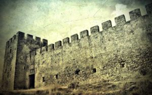 Η στρατιά των βρυκολάκων του στοιχειωμένου Φραγκοκάστελλου (Μέρος Δ)…