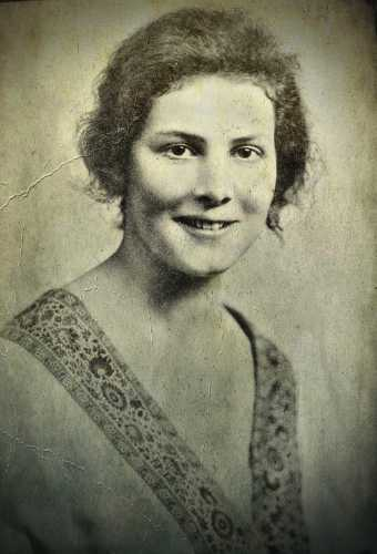 Ishbel MacDonald (02/03/1903 - 20/06/1982)
