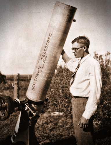 Clyde William Tombaugh (04/02/1906 - 17/01/1997)