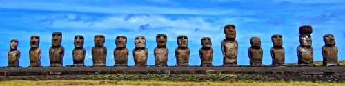 Τα μυστηριώδη κολοσσιαία αγάλματα της Νήσου του Πάσχα