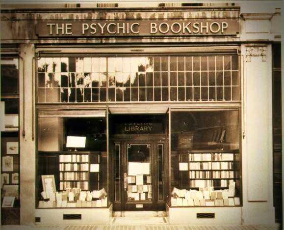 """Το πνευματιστικό βιβλιοπωλείο του Sir Arthur Conan Doyle, """"The Psychic Bookshop"""""""