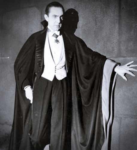 Ο Bela Lugosi (20/10/1882 - 16/08/1956), στο ρόλο του Κόμη Δράκουλα