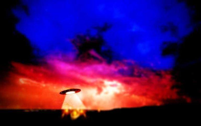 Ιούλιος του 1965 - Ιπτάμενοι δίσκοι παντού...