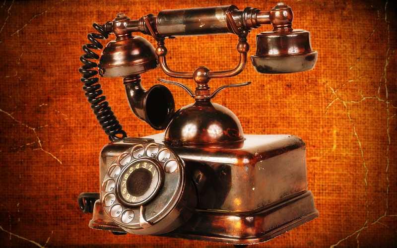 Η εφεύρεση του τηλεφώνου από τον Robert Hooke, το 1664...