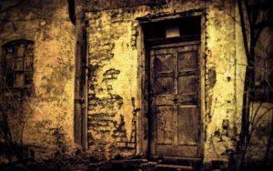 Ιστορίες φαντασμάτων στην Ελλάδα - Ο νεκρός, η στραγγαλισμένη και ο γέροντας...