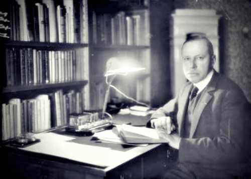 Theodor Heinrich Mayer (27/02/1884 - 03/11/1949)