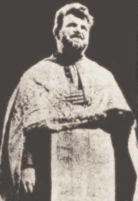 Ο ιερέας του Maglavit, ο οποίος πίστεψε πρώτος στο θαύμα και οργάνωσε το προσκύνημα στην πολίχνη, προς την οποία συνέρρεαν καθημερινά χιλιάδες Ρουμάνοι