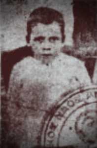 Ο επτάχρονος γιος της χήρας Ελένης Παπουτσιδάκη, ο οποίος σκοτώθηκε από αυτοκίνητο